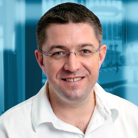 Dr. Péter György